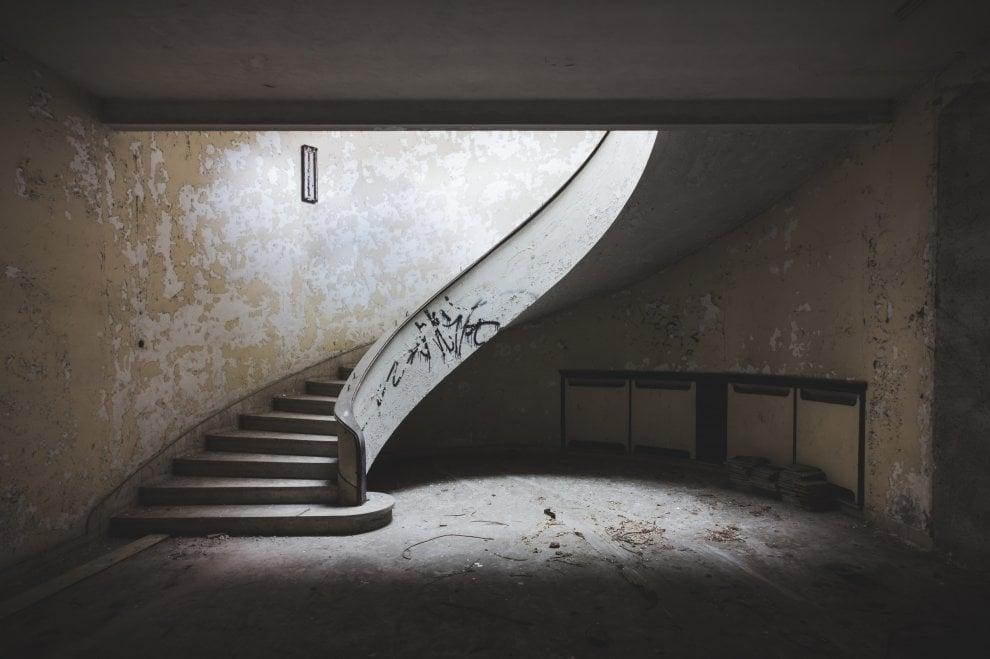 Fabbriche dismesse, ville abbandonate ed ecomostri: le foto degli esploratori urbani in mostra a Roma