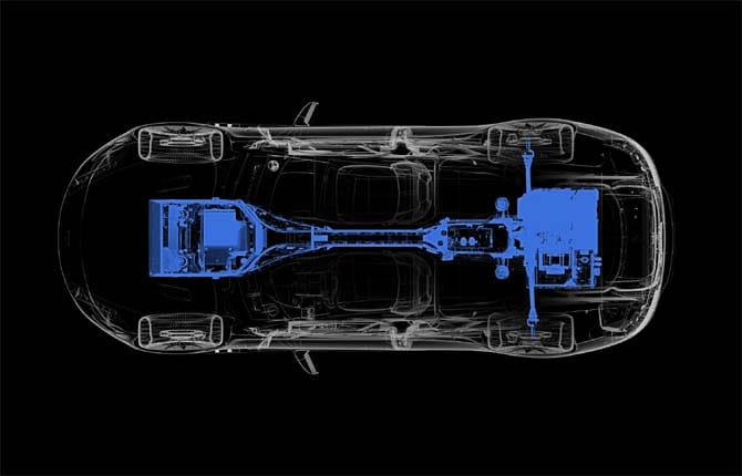 """Rapide E, la supercar Aston Martin dà la """"scossa"""""""