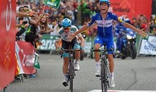 Ciclismo, Vuelta: Mas vince in salita, Simon Yates mette il sigillo