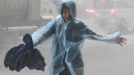 Tifone Mangkhut, almeno 64 morti nelle Filippine. Danni anche nel Sud della Cina