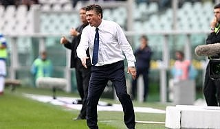 """Torino, Mazzarri: """"Dominato su un campo di patate"""". Petrachi: """"Errore dell'arbitro grossolano"""""""