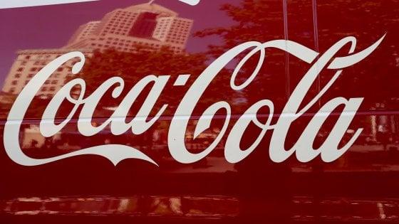 Coca Cola alla cannabis, l'annuncio: Lavoriamo a una bevanda che contiene marijuana