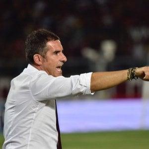 Serie B, Livorno-Crotone 0-1: Simy firma il colpo dei calabresi