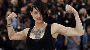 """Più controlli sui tatuaggi: """"In due casi su tre effetti collaterali"""""""