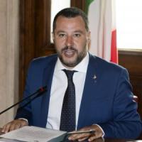 """Salvini: """"Masturbazione in pubblico torni a essere reato"""""""