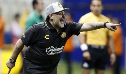 Esordio vincente per Maradona ''Questo è l'inizio di un bel sogno''