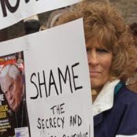 Pedofilia, diocesi di Brooklyn risarcisce quattro giovani vittime con 27,5