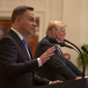 Polonia pronta a pagare due miliardi per ospitare base militare Usa