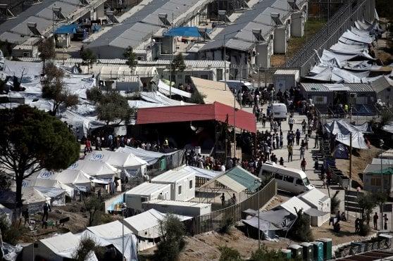 Grecia, autolesionismo e suicidio: a Lesbo, l'isola dove i bambini rifugiati vogliono morire
