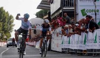 Ciclismo, Moscon in forma Mondiale. Il Giro della Toscana è suo
