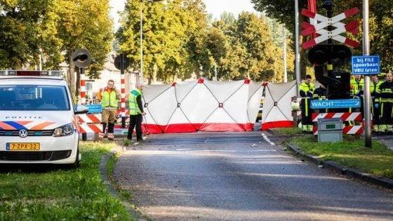 Olanda, quattro bambini morti nello scontro fra un treno e una