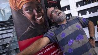 """Un' Africa con meno lacrime e più sogni: """"Non aiutateci per carità"""""""