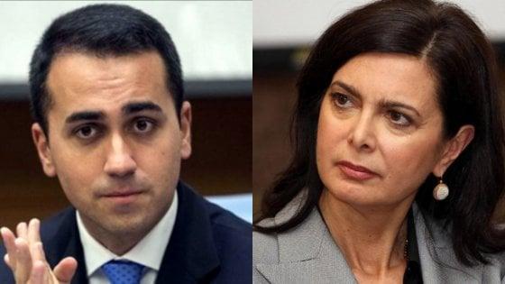 La doppia bufala sugli aerei: Di Maio non ha volato in business e Boldrini non ha occupato il posto per disabili