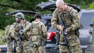 Maryland, armata di pistola fa strage in un magazzino: tre morti