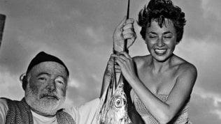 Inge Feltrinelli, il pigiama di Fidel e il suo sguardo libero nella Milano dei salotti