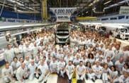 Sei milioni di veicoli prodotti, la fabbrica della Sevel in festa
