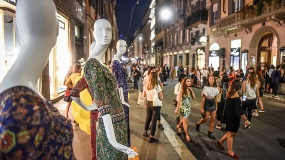 Italiani meno formichine: scende il potere d'acquisto, ma salgono le spese