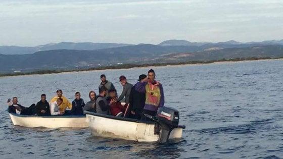 """Migranti, Di Maio: """"Bene che non ci siano più navi Ong"""". Ma Fico: """"Italia salvi vite in mare con aiuto di tutti"""""""