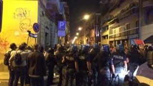 Aggressione squadrista a Bari: feriti i manifestanti del corteo anti-Salvini