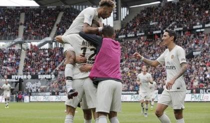 Il Psg in patria sa solo vincere  1-3 a Rennes, Buffon torna titolare