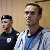 Russia, rilasciato e subito fermato di nuovo Navalnyj