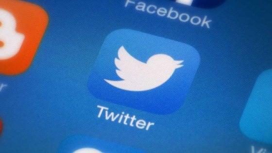 Twitter: un bug potrebbe avere esposto i messaggi privati