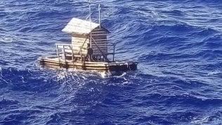 Ragazzo indonesiano sopravvive per 49 giorni su una zattera nell'Oceano Indiano