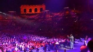Venditti, live a Verona per i 40 anni di 'Sotto il segno dei pesci'. L'album che ha segnato un'epoca