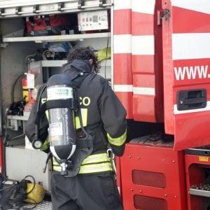 """Incendio nel Pisano, il sindaco di Calci: """"Evacuate dec"""
