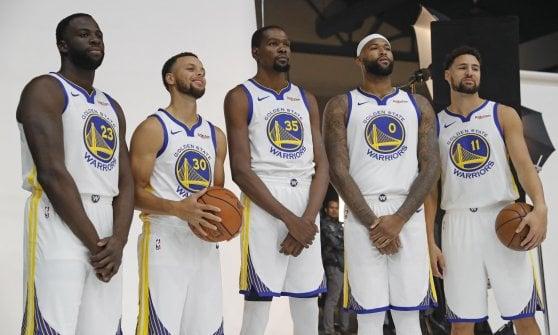 scarpe da ginnastica a buon mercato l'atteggiamento migliore bello economico Basket Nba, LeBron e i Lakers: