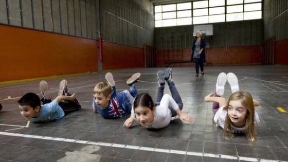 Calcetto, paddle o beach volley, ad ogni bambino lo sport più adatto