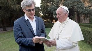"""Wim Wenders: """"Francesco sulla pedofilia è stato il più chiaro, chi lo attacca utilizza pretesti"""""""