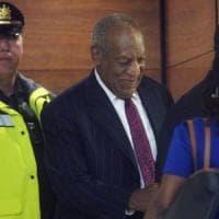 Usa, Bill Cosby condannato ad almeno tre anni per violenza sessuale