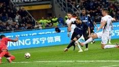 L'Inter soffre ma vince: 2-1. Fiorentina bella e perdente