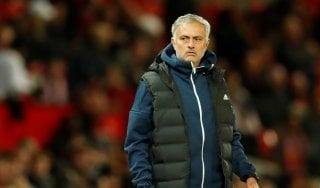 """Manchester United, Mourinho toglie la fascia a Pogba: """"Non sarà più il vice-capitano"""""""