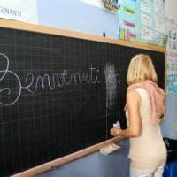 """Lo studio: """"Troppe insegnanti donne, anche per questo gli uomini vanno peggio a scuola"""""""
