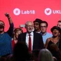 Corbyn infiamma il Labour: