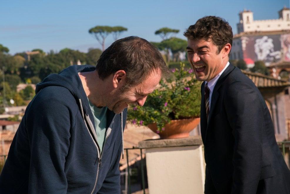Scamarcio e Mastandrea fratelli diversi nel film di Valeria Golino 'Euforia'