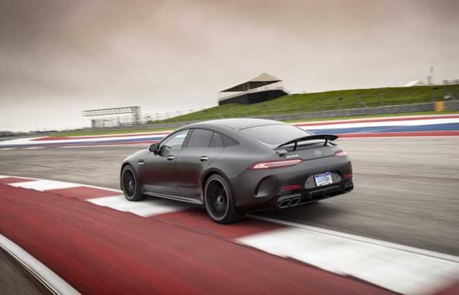 Mercedes-Amg GT Coupé 4, quattro porte di performance