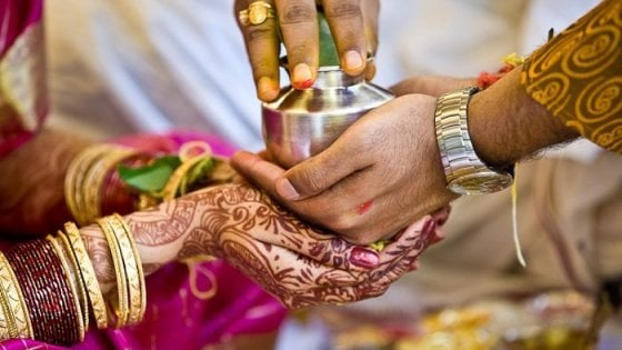 India - Sentenza storica, l'adulterio non è più reato