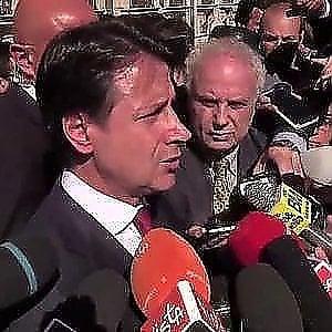 """Conte: """"Nessun problema con Tria e Colle"""". Ma attacca la Ue"""