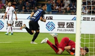 Inter-Cagliari 2-0, Lautaro e Politano spingono i nerazzurri al terzo posto