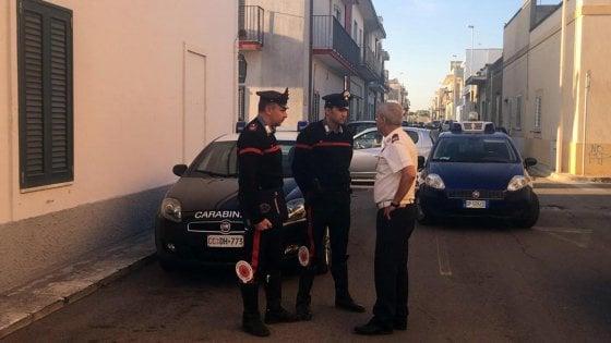 Lecce, spara ai vicini di casa: tre morti e una ferita