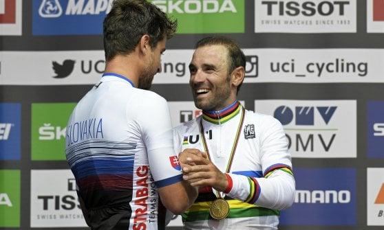 Ciclismo, Mondiali: oro al 'vecchio' Valverde. Italia fuori dal podio: Moscon quinto