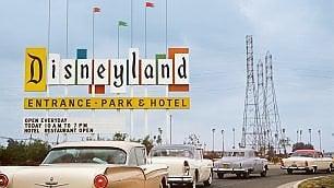 Disneyland. Mettetevi in fila per  la felicità