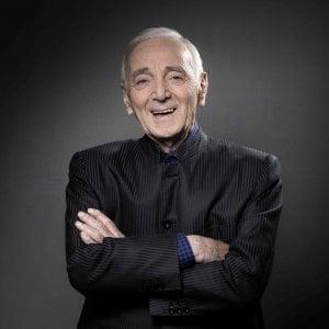 Morte Charles Aznavour, le reazioni: da Macron al premier armeno, fino a Pausini e Ranieri