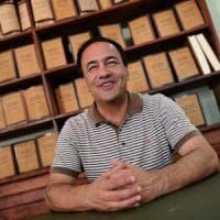 #IoStoConMimmo, la solidarietà del web al sindaco di Riace Domenico Lucano dopo l'arresto