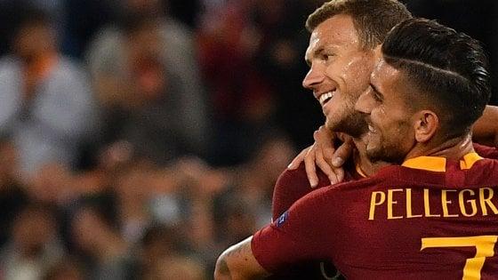 Roma-Viktoria Plzen 5-0: tripletta di Dzeko, i giallorossi prolungano l'effetto derby