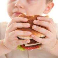 Italia: un bambino su tre è in sovrappeso e più di un milione sono denutriti