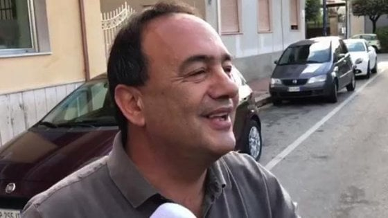 "Caso Riace, Lucano: ""Io fuori legge? La mia regola è la Costituzione e il rispetto degli esseri umani"""